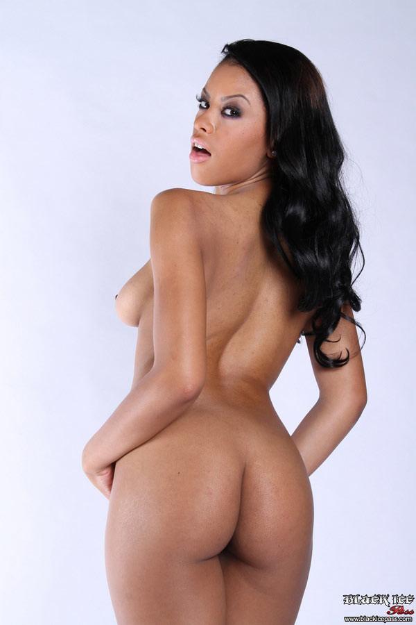 Секс с Rihanna Rimes