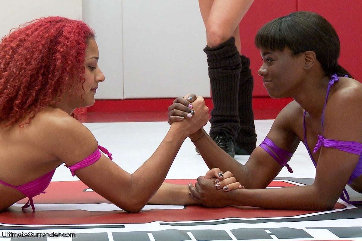 Дейзи победила Анну