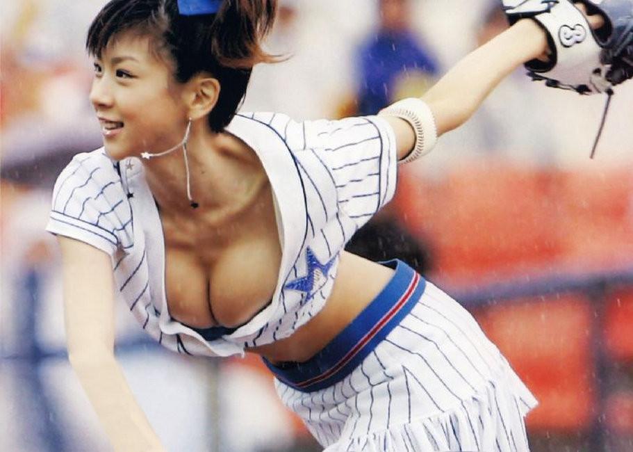 Обнаженные японки с большими грудями