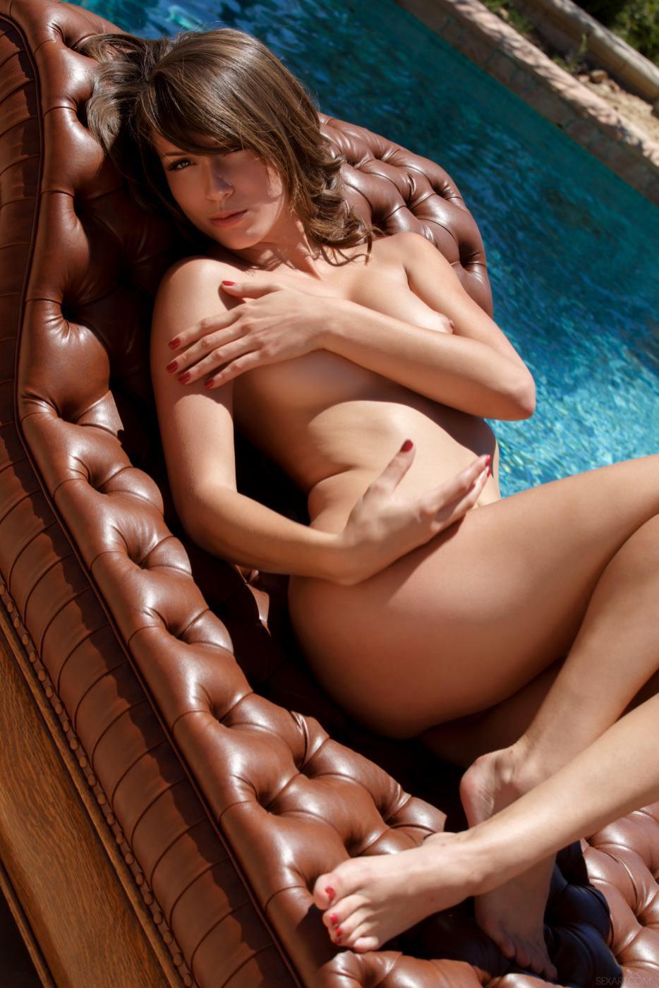 Негодная детка Malena Morgan такая дразнилка, с ее-то красивым телом и невероятными навыками мастурбации